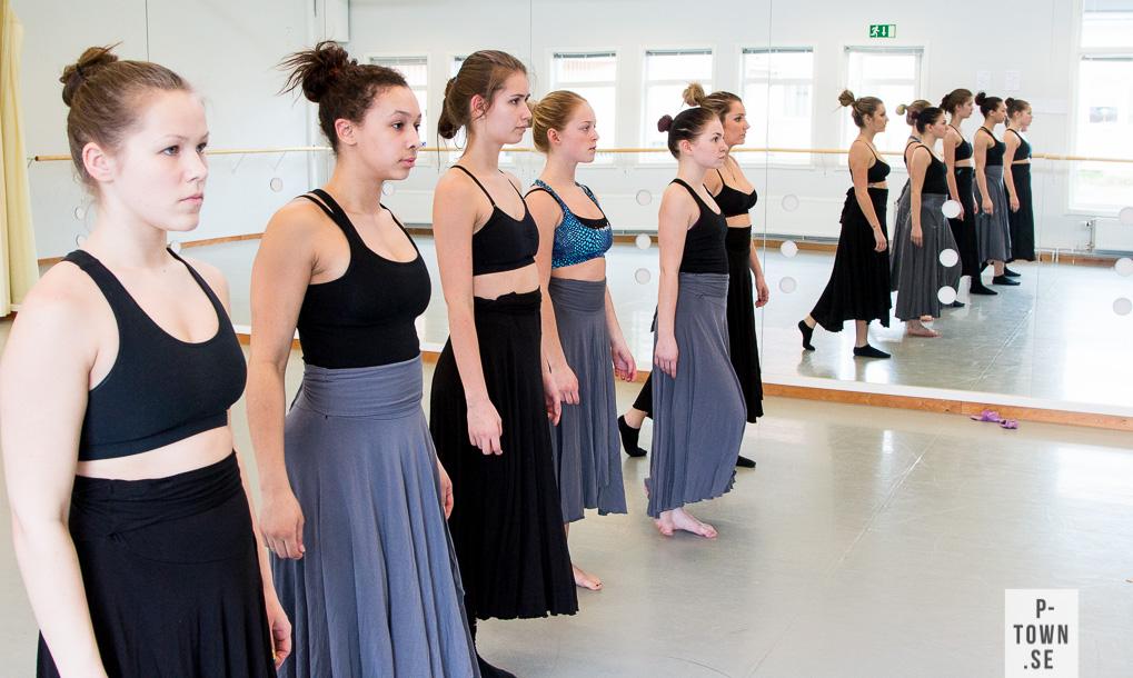 Avgångseleverna på Piteå Dansgymnasium repeterar för fullt inför Finest hour.