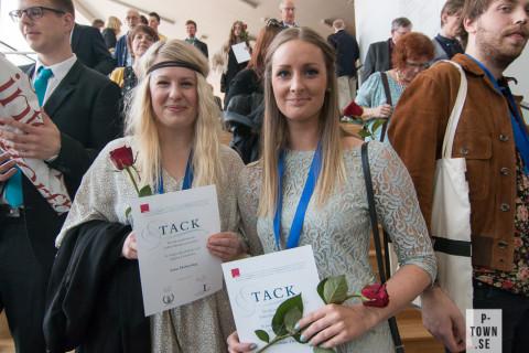 Linn Holmeskog till vänster är en värdig vinnare hon med. Här tillsammans med Alexandra Flinck.