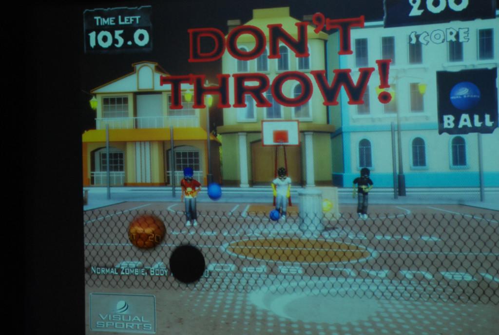 Simulatorerna på Skeppet är populära. Har kan man spela allt från Zombiespel till att lägga fotbolls och hockeystraffar.