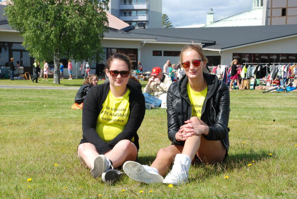 Tävlingsvinnarna i The Ultimate Pite Havsbad Experience fick gula fräcka tröjor och tillgång till alla aktivitererna ett dygn!