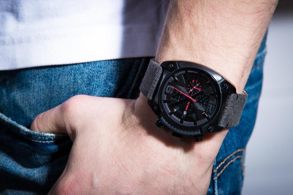 Tuff diesels oversize watch.