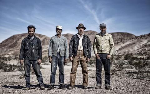 Viktor tillsammans med sitt gruvgäng i Nevada. Foto: Fredrik Ottosson.