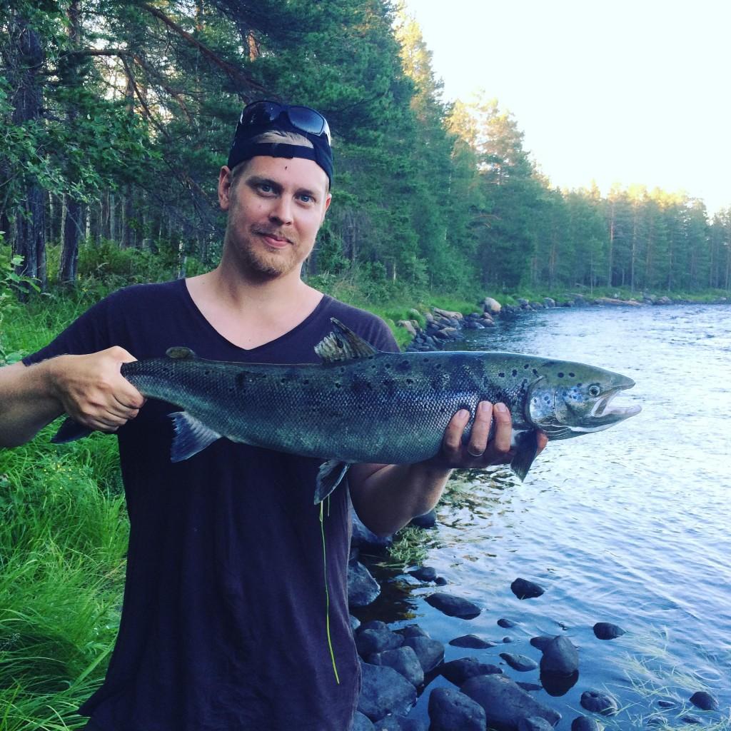 16. PRESENTKORT på Nymans fiske. Värde 2000 kr.