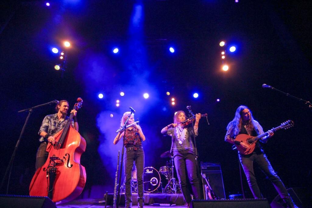 Folk och Rockare delade med sig av folkmusik från Sverige och Estland.