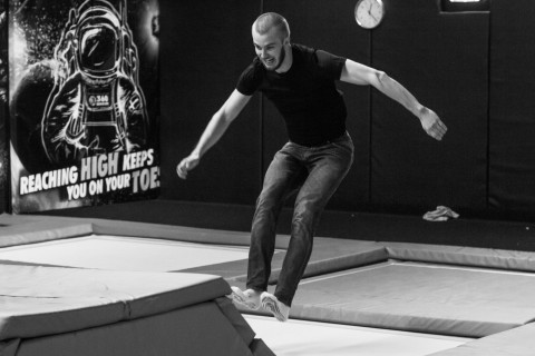 Vardia_trampolincenter_bw